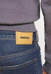 Diesel - D-LUSTER - Slim fit jeans - 009el 01 - 4