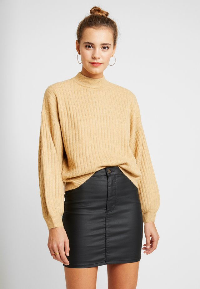 BALLOON SLEEVE WIDE FUNNEL NECK - Pullover - camel