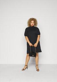Vero Moda Curve - VMFOREST DRESS - Jersey dress - black - 1