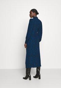 Gestuz - LORALIGZ MIDI DRESS - Day dress - blue/black vintage - 2