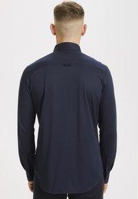 Matinique - MATROSTOL - Formal shirt - dark navy - 2