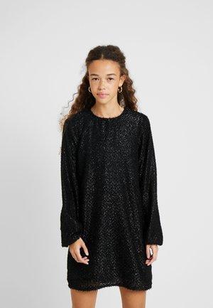 VMISOLDA SHORT DRESS - Denní šaty - black