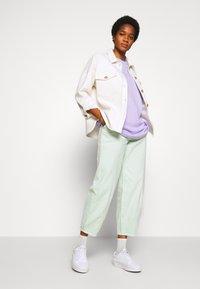 Monki - CISSI TEE - T-shirts med print - lilac purple - 1