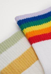 Monki - Socks - lilac/purple/light rainbow/green dusty/light sage/oat - 1