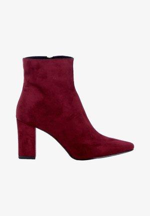 Korte laarzen - burgundy