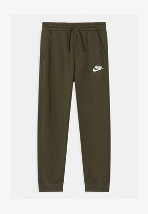 PLUS CLUB - Teplákové kalhoty - khaki