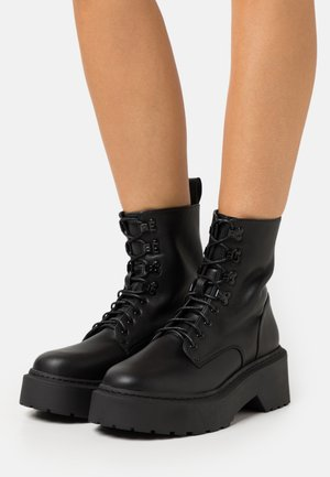 LACE UP CHUNKY SOLE BOOTS - Bottines à plateau - black