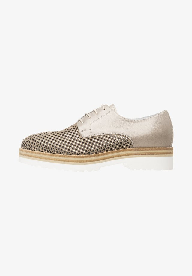 Casual lace-ups - ivory