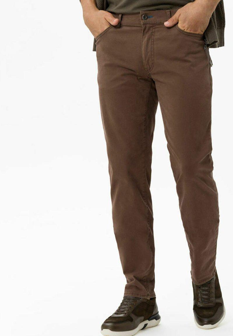 BRAX - STYLE CADIZ - Straight leg jeans - nougat