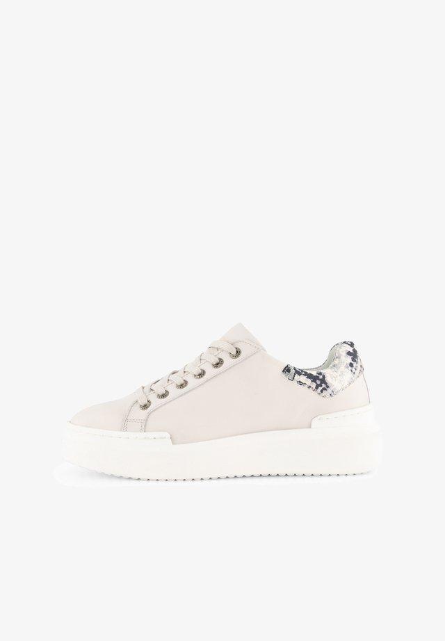 J JAVARRA - Sneakers laag - white
