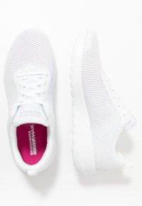 Skechers Performance - GO WALK JOY PARADISE - Chodecké tenisky - white - 1
