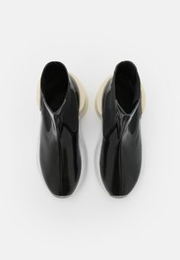 MM6 Maison Margiela - BOOT - Platform ankle boots - black - 4