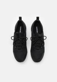 Calvin Klein Jeans - RUNNER LACEUP - Sneakersy niskie - black - 3