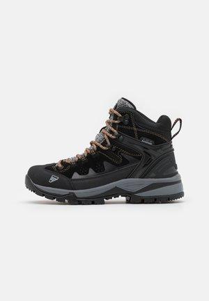 MID CUT WYNNE MS - Hiking shoes - black