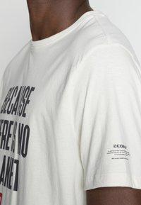 Ecoalf - MIN MAN - Print T-shirt - white sand - 4
