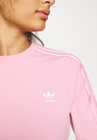 adidas Originals - CROP - Long sleeved top - lightpink - 5