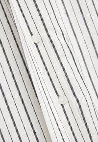 Envii - ENHARRY DRESS - Vestido camisero - white/black - 5