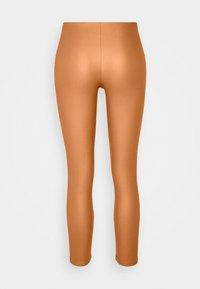 VILA PETITE - VICOMMIT COATED PLAIN  - Leggings - Trousers - adobe - 6