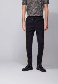 BOSS - LAMONT 29_HB - Pantaloni sportivi - black - 0
