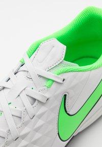 Nike Performance - TIEMPO LEGEND 8 ACADEMY TF - Astro turf trainers - platinum tint/rage green - 5