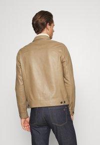 Theory - PATTERSON LEATHER OVERSHIRT - Leather jacket - bark - 2