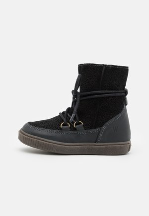 KAYA LACE TEX BOOTIE - Stivali da neve  - black