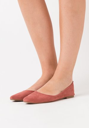 ESSENTIAL CARINA SQUARE TOE BALLET - Ballet pumps - rustic sunset