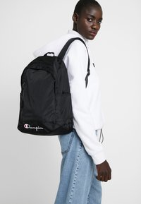 Champion Reverse Weave - BACKPACK - Ryggsäck - black - 6