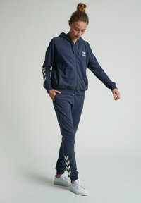 Hummel - HMLNONI - Tracksuit bottoms - blue nights - 1