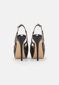 Guess - GINNIA - Platform heels - brown - 3