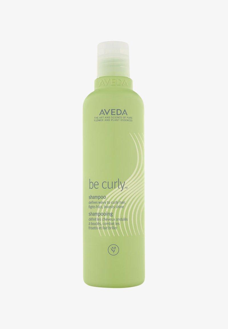Aveda - BE CURLY™ SHAMPOO - Shampoo - -