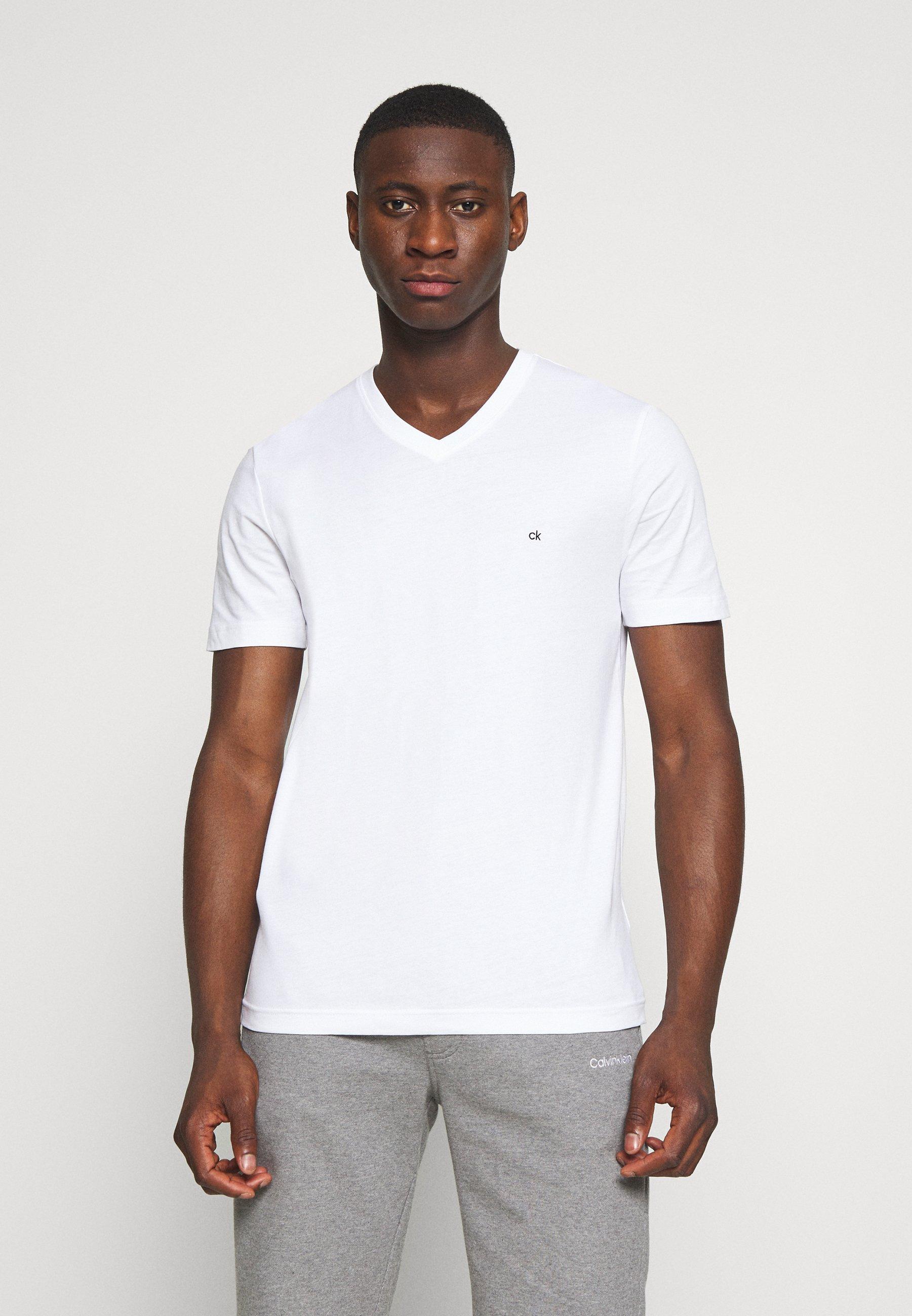 Men V-NECK CHEST LOGO - Basic T-shirt