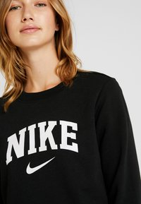 Nike Sportswear - CREW - Sweatshirt - black/white - 5