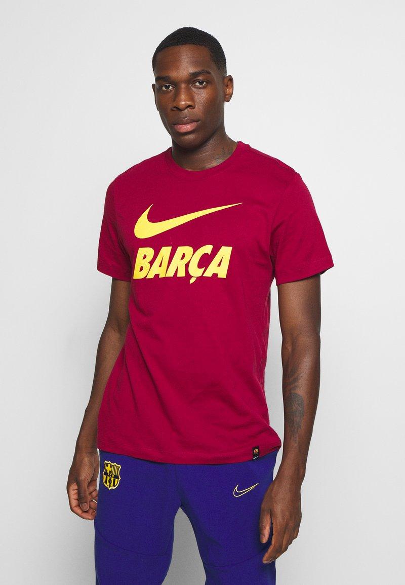 Nike Performance - FC BARCELONA TEE GROUND - Funktionströja - noble red