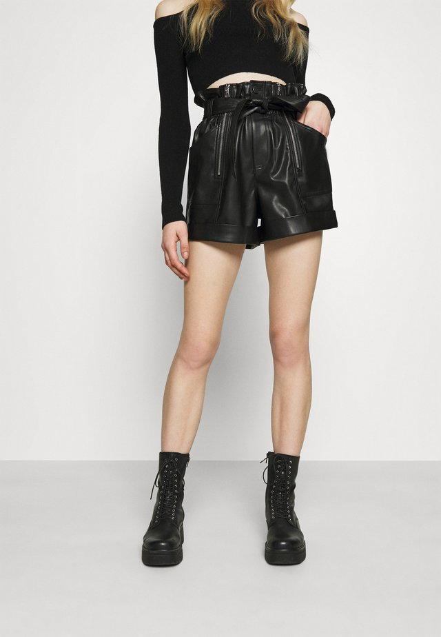 ZIP AND SELF BELTED  - Shortsit - black
