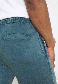 Criminal Damage - ESSENTIAL UTILITY - Tracksuit bottoms - marine blue - 5