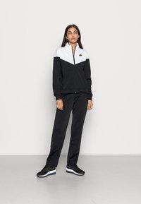 Nike Sportswear - TRACK SUIT SET - Zip-up sweatshirt - black/white - 0