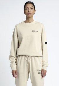 HALO - HALO - Sweatshirts - pumice stone - 1