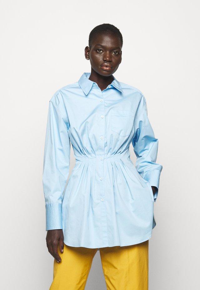 SUSANNE - Button-down blouse - sky