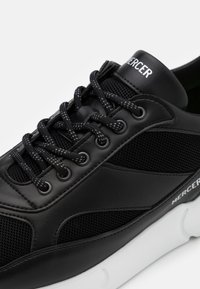Mercer Amsterdam - W3RD - Trainers - black - 5