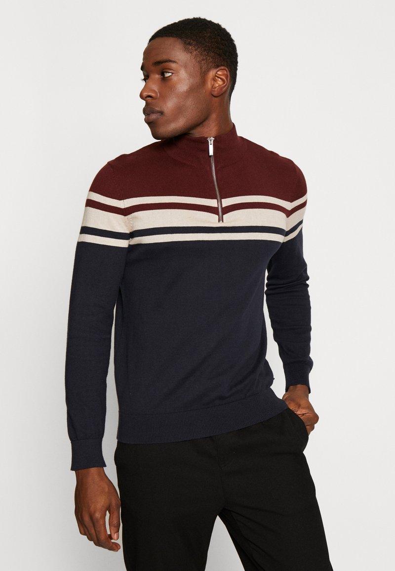 Burton Menswear London - YOKE HALF ZIP - Trui - purple
