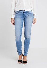 ONLY - ONLCORAL - Jeans Skinny Fit - light blue denim - 0