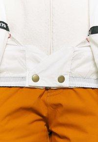 Burton - LELAH - Snowboard jacket - stout white - 4