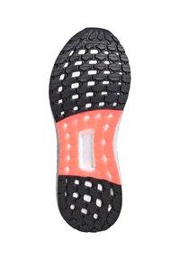 adidas Performance - ULTRABOOST SUMMER.RDY - Zapatillas de running estables - weiss/pink (979) - 3