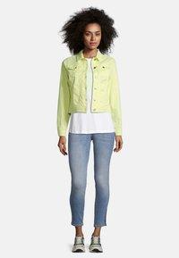 Cartoon - Denim jacket - neon lemon - 1
