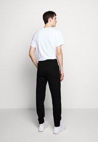 Raeburn - Pantaloni sportivi - black - 2