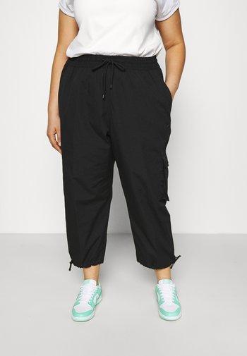 CLASH PANT - Trousers - black