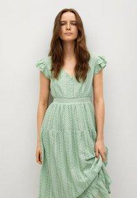 Mango - Day dress - pastelowa zieleń - 2