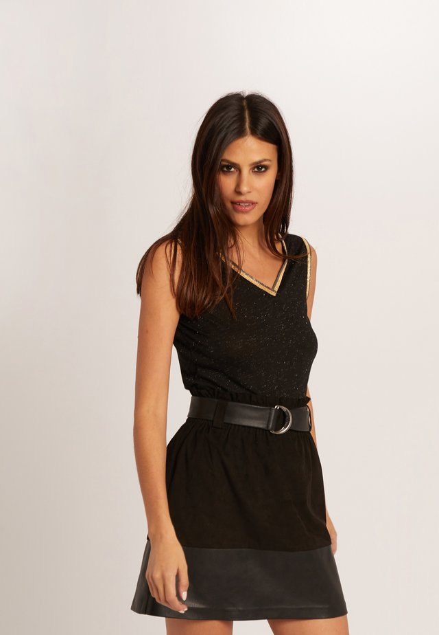WITH LARGE STRAPS AND STRIPS - Top - black