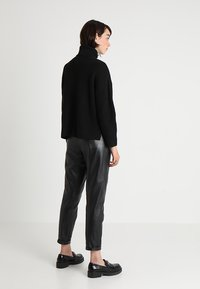 Monki - DOSA  - Jumper - black - 2